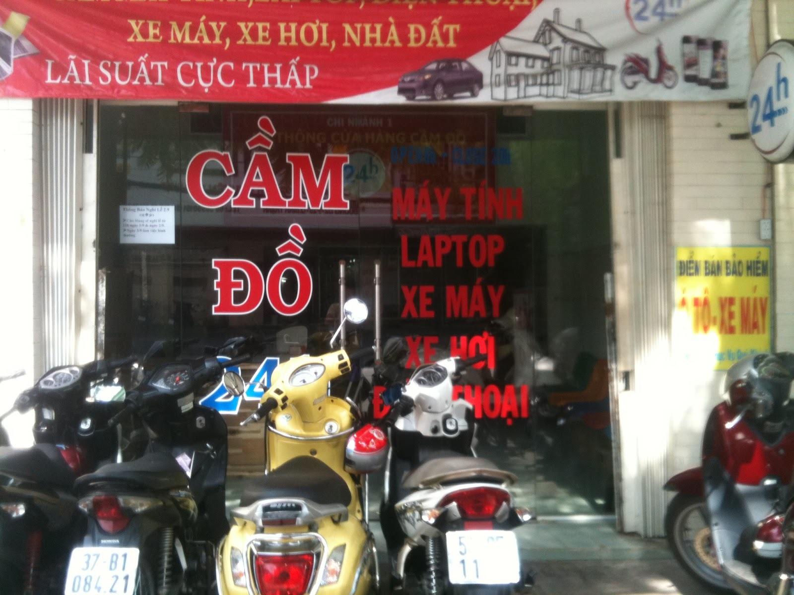 Dịch vụ cầm đồ, xe máy, xe hơi và cả nhà đất trên phố Đặng Dung (Hà Nội)