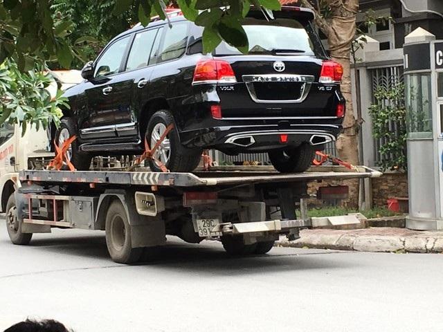 Tỉnh Ninh Bình chính thức từ chối nhận 3 xe sang tiền tỷ do doanh nghiệp tặng sau khi có dư luận không tốt về sự việc. (Ảnh minh họa)