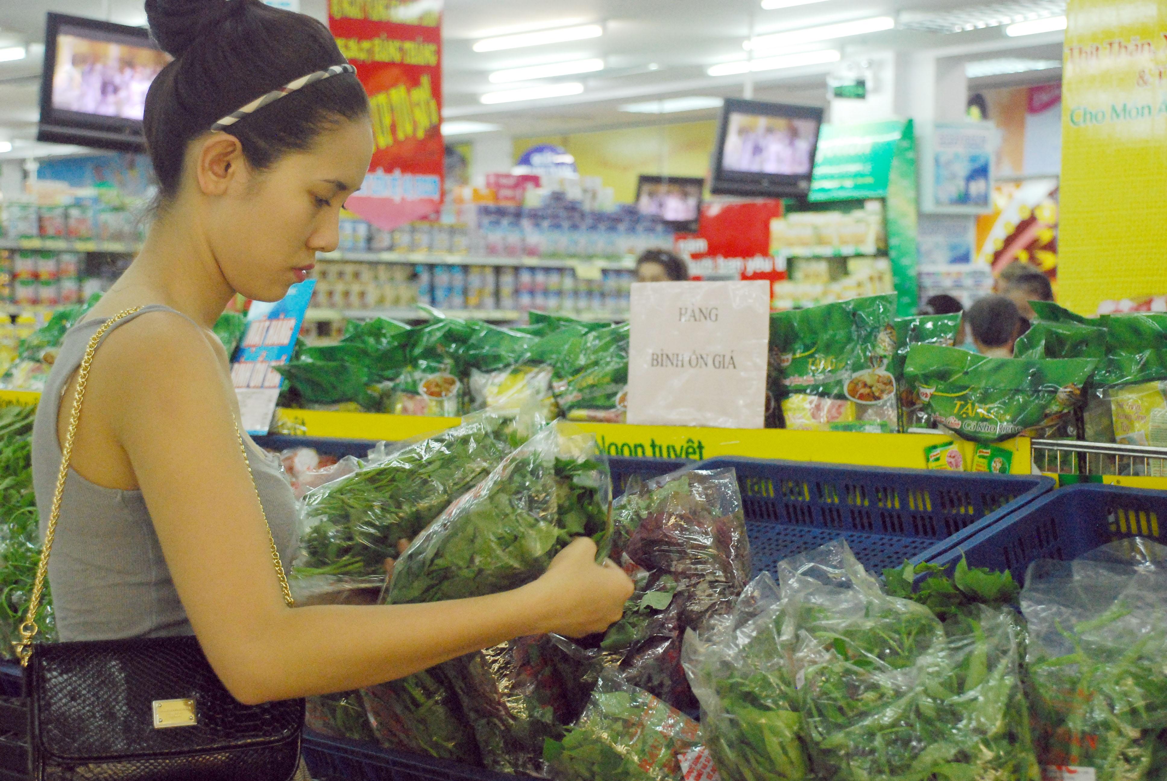 Người Việt tuy lạc quan chi tiêu, nhưng vẫn là người tiết kiệm nhất thế giới (ảnh minh họa)