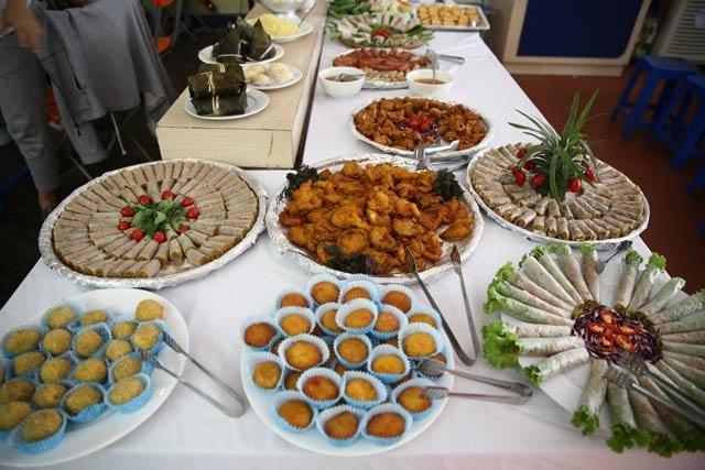 Mùa Vu Lan, các nhà hàng đồ ăn chay tấp nập đón khách - 3