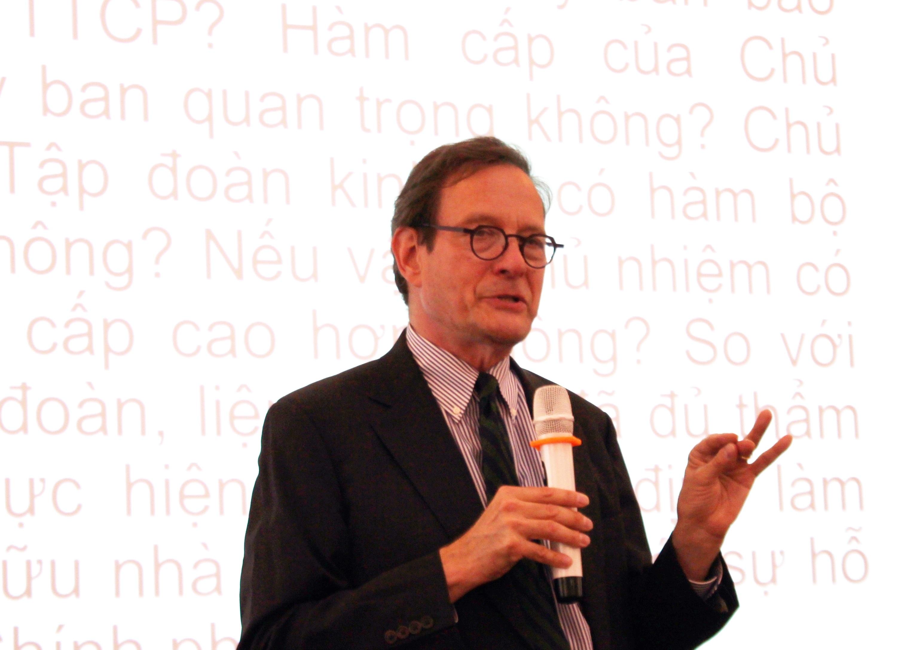 ông Wiliam P.Mako, chuyên gia cố vấn của World Bank tại Hội thảo