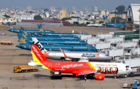 Các doanh nghiệp hàng không khi tăng giá 5% hoặc giảm 10% đều phải thực hiệnkê khai