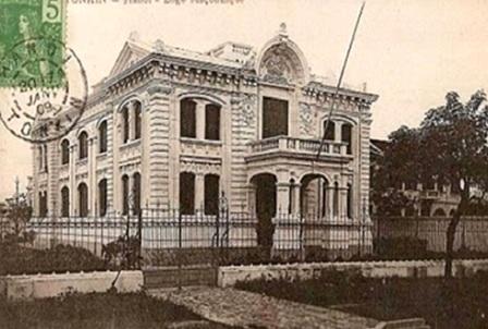 Tòa biệt thự ở 107 Trần Hưng Đạo - Hà Nội,được thực dân Pháp xây dựng vào năm 1900 (ảnh:Tiến sỹTrần Thu Dung)