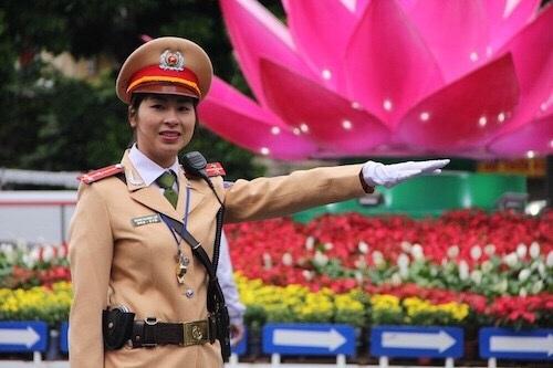 Nữ CSGT Phan Quỳnh Anh
