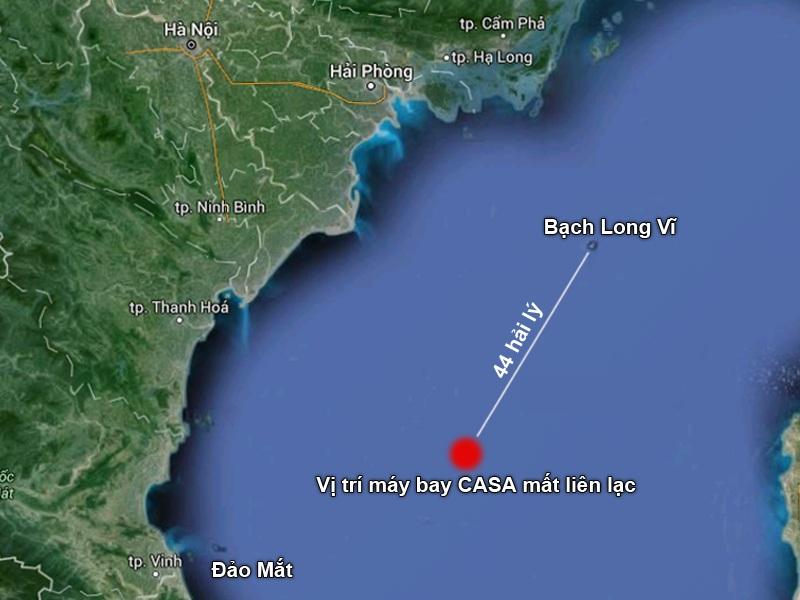 Trung Quốc điều 2 trực thăng, 8 tàu biển tìm kiếm 2 máy bay gặp nạn - 1