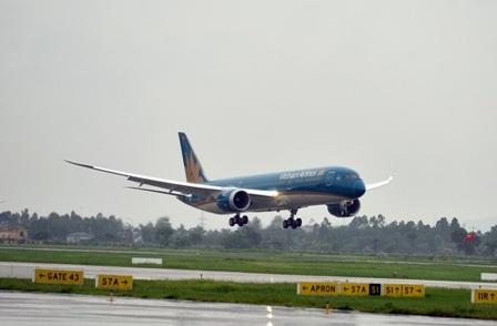Vietnam Airlines hủy nhiều chuyến bay do ảnh hưởng của bão Nepartak.