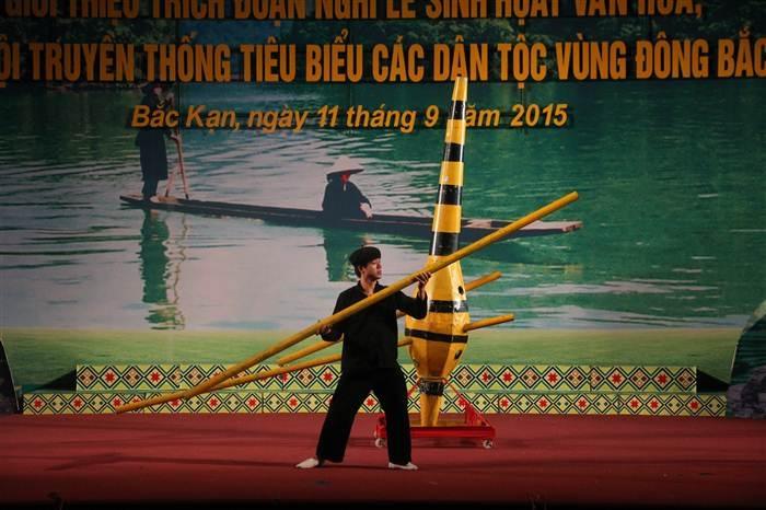 Trích đoạn sự tích cây khèn Mông của đoàn tỉnh Hà Giang.