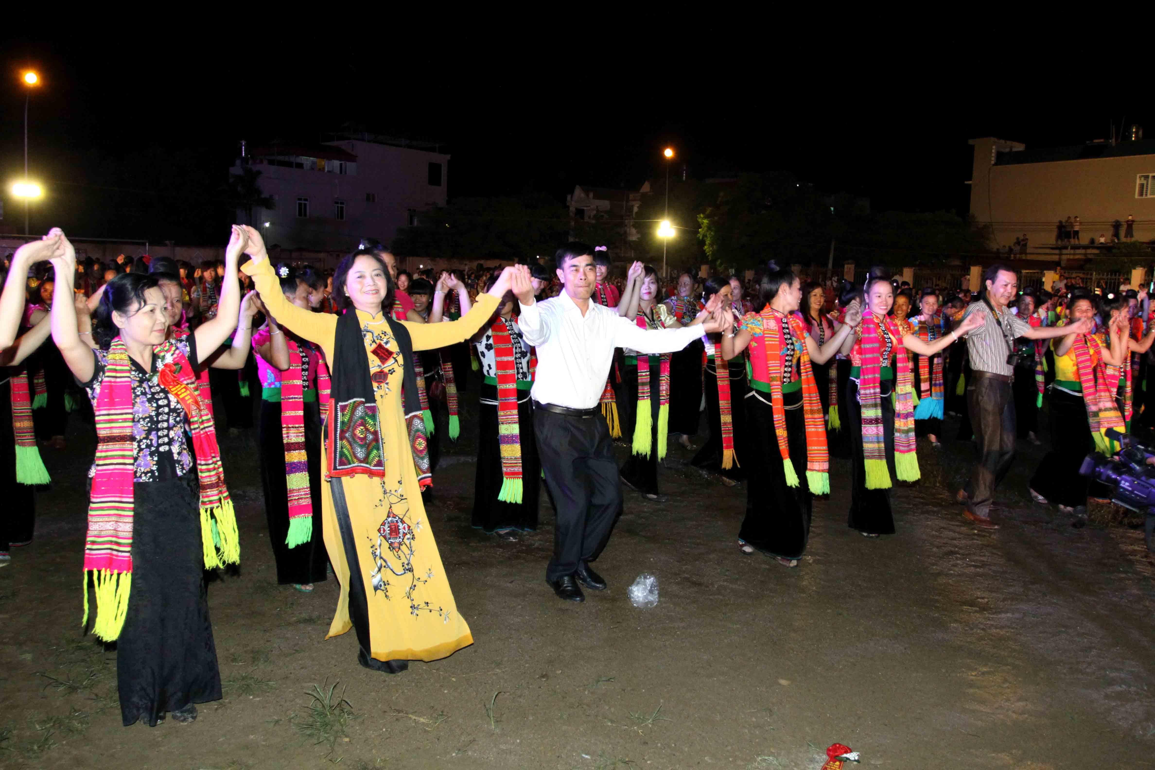 Xòe Thái trở thành Di sản Văn hóa phi vật thể cấp Quốc gia - 4