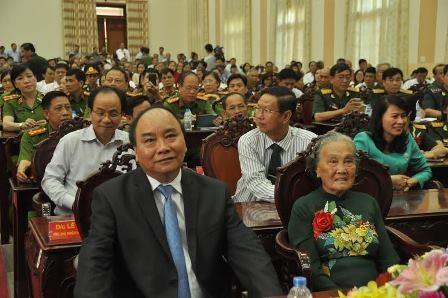 Thủ tướng dự hội nghị biểu dương người có công với cách mạng tại Cần Thơ sáng 23/7