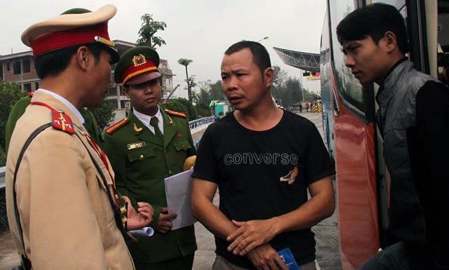 Trong ngày 6/1, Cục C66 đã ra quân tại một số điểm dừng xe trên các tuyến cao tốc để kiểm tra, tuyên truyền và nhắc nhở người dân phải trang bị đầy đủ trang thiết bị PCCC theo quy định.