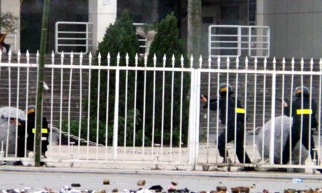 Diễn tập chống khủng bố, biểu tình - 17