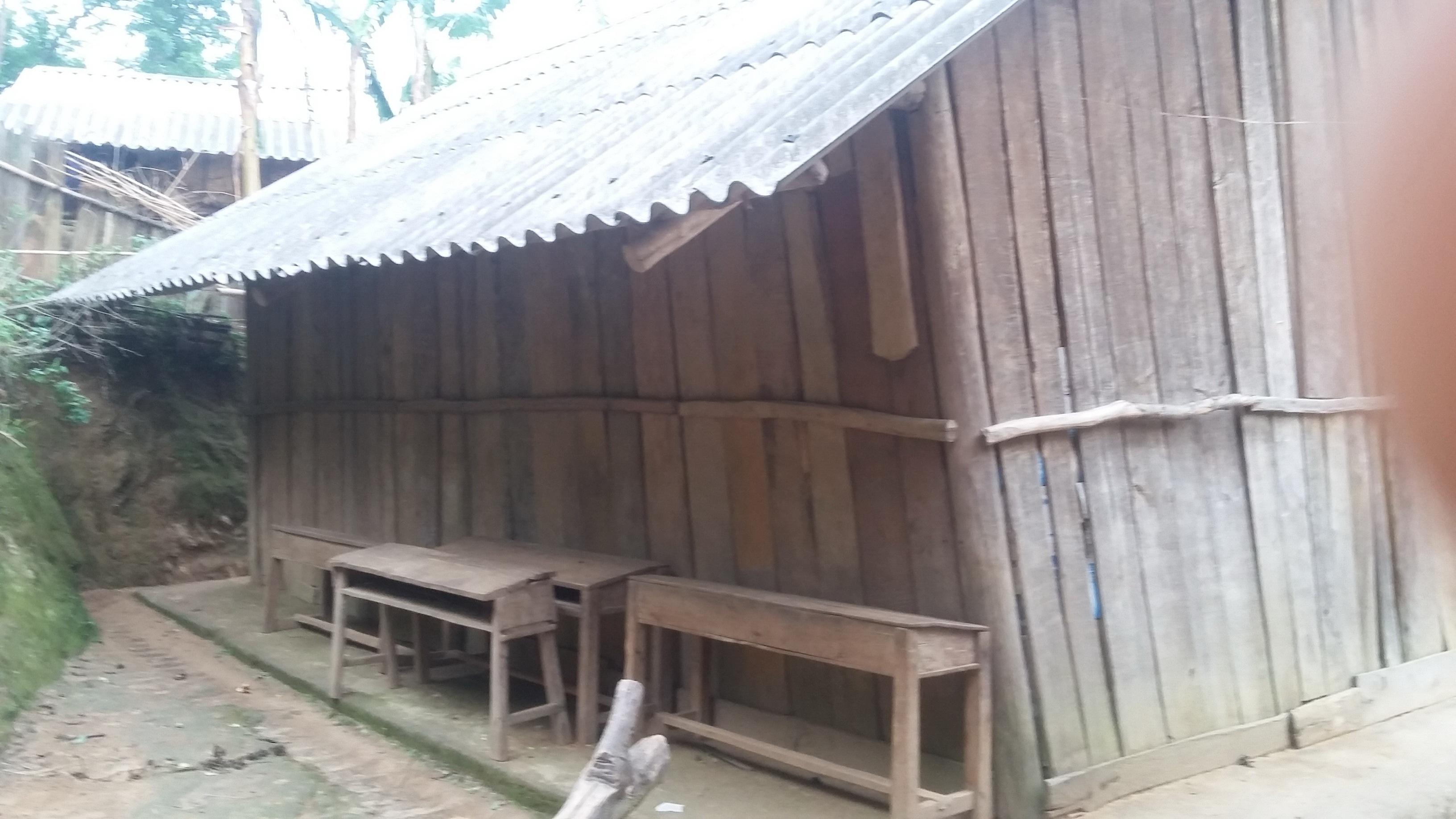 Điểm trường Xéo Mả Pán- xã Khao Mang, Mù Cang Chải, Yên Bái đang dtrong tình trạng xuống cấp (ảnh: Giáo viên cung cấp)