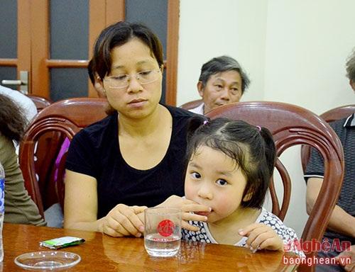 Vợ con đại tá Trần Quang Khải