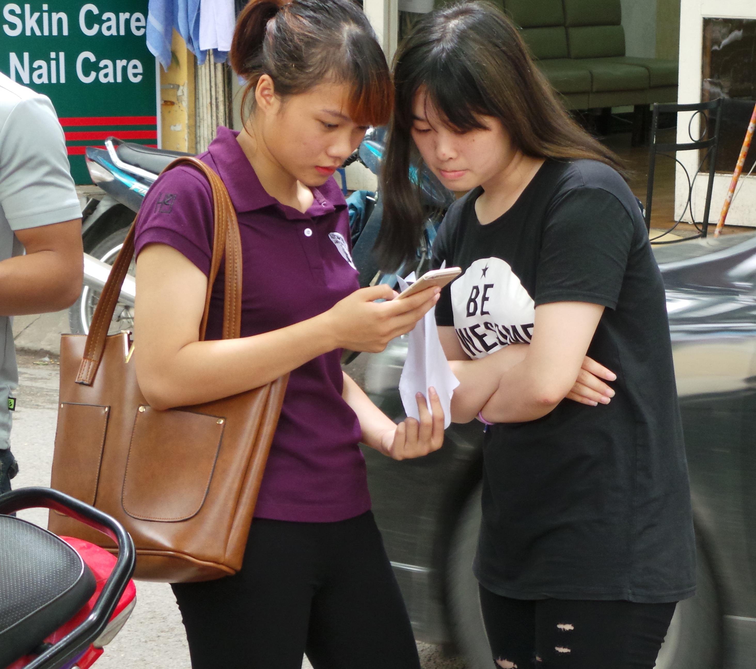 Thí sinh thi THPT quốc gia tại Hà Nội năm 2016