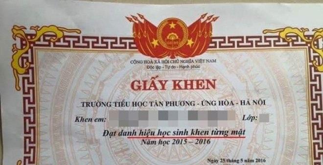 Giấy khen từng mặt của một trường tiểu học tại Hà Nội