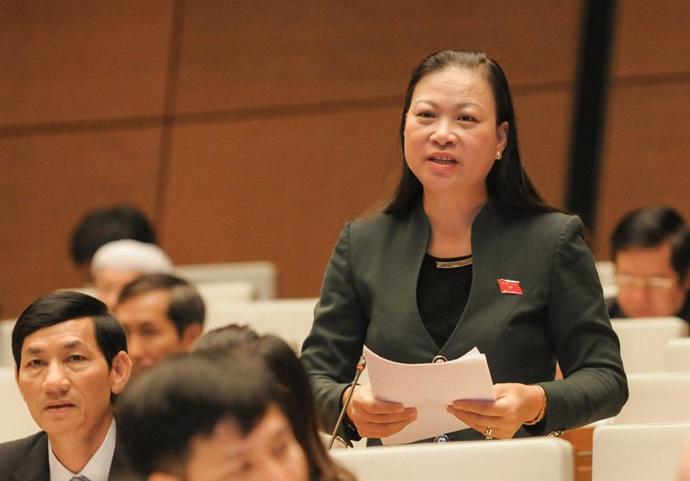 Đại biểu Khúc Thị Duyền cho rằng nhiều hộ nghèo giấu nguồn thu nhập nên khó kê khai