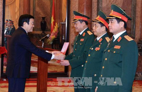 Trong nhiệm kỳ Chủ tịch nước thăng quân hàm cấp Tướng cho 313 sỹ quan