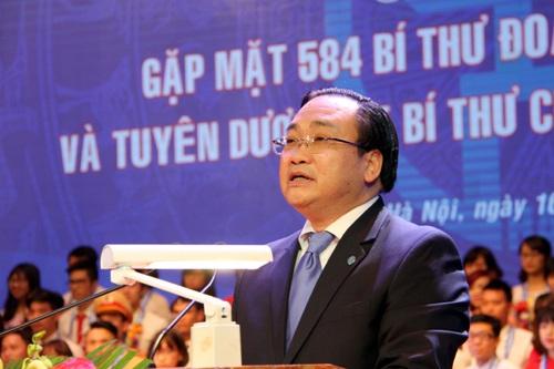 Bí thư Thành ủy Hà Nội Hoàng Trung Hải tiếp lửa cho 584 bí thư đoàn