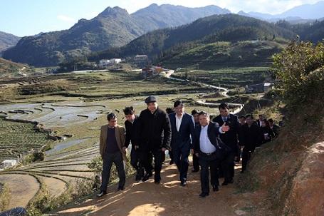 Chiều 28/1/2016, Phó Thủ tướng Nguyễn Xuân Phúc, Trưởng ban Chỉ đạo Tây Bắc cùng đoàn công tác của Chính phủ đã tới thị sát tình hình, kiểm tra công tác khắc phục hậu quả đợt rét đậm, rét hại tại huyện Sa Pa, tỉnh Lào Cai.