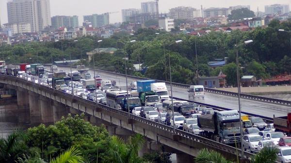 """Hà Nội: Hàng nghìn ô tô """"chết cứng"""" ở đường trên cao - 6"""