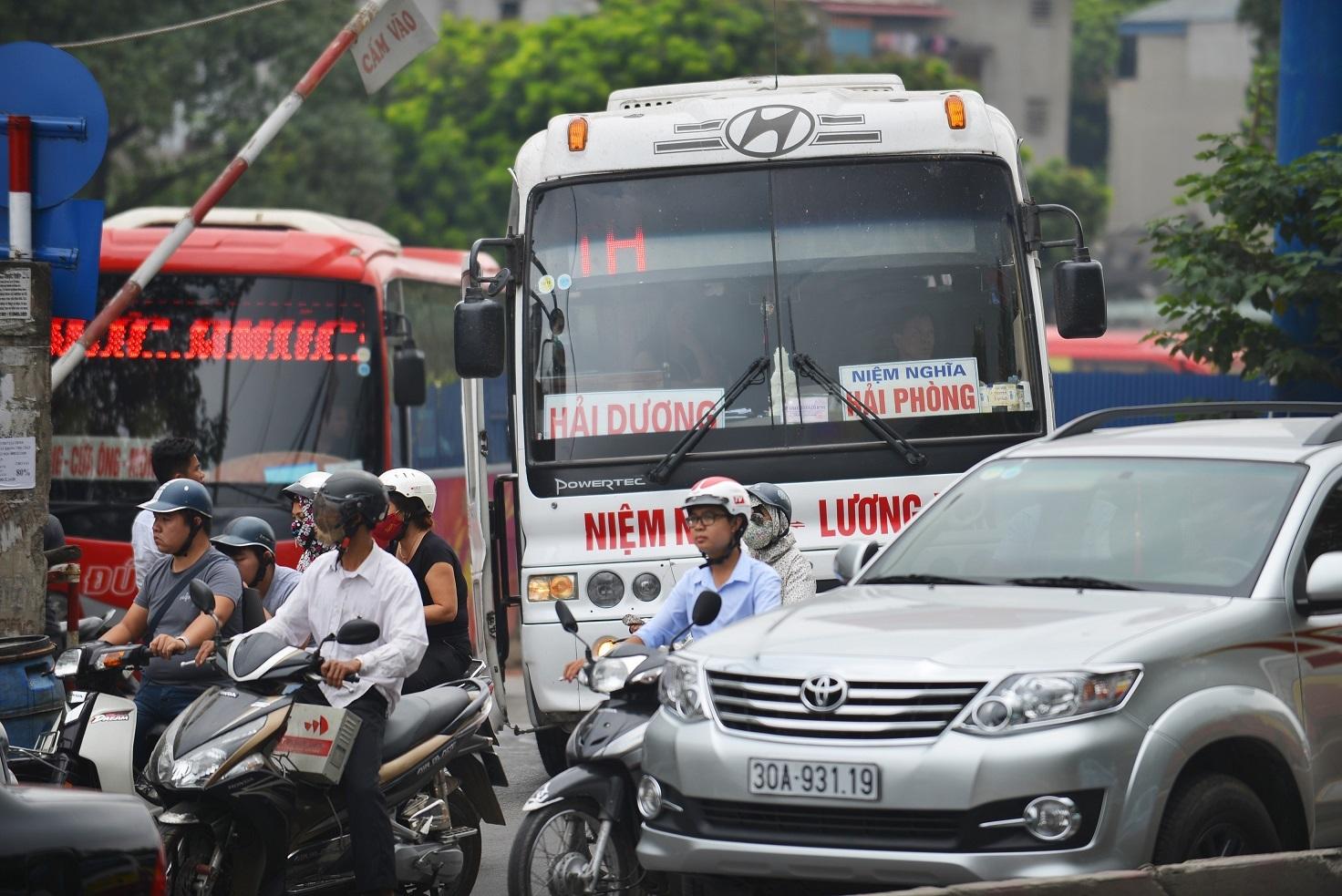 Hà Nội chính thức đóng cửa bến xe Lương Yên sau nhiều năm hoạt động tạm