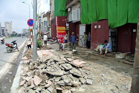Hà Nội sẽ lát vỉa hè 12 quận bằng đá tự nhiên, có tuổi thọ 70 năm