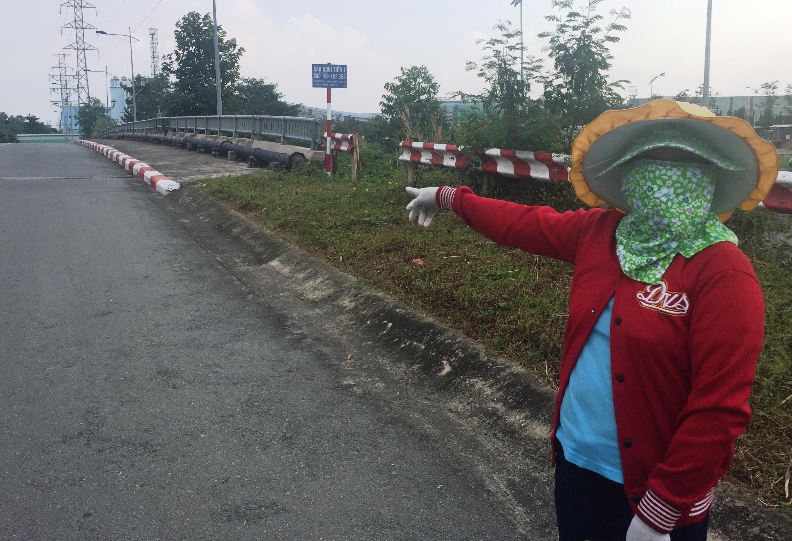 Một nữ công nhân kể lại vụ việc 2 người đồng nghiệp của mình bị yêu râu xanh dở trò đồi bại tại khu vực gần cầu Suối Tiên 1 trên đường vành đai trong Khu CNC