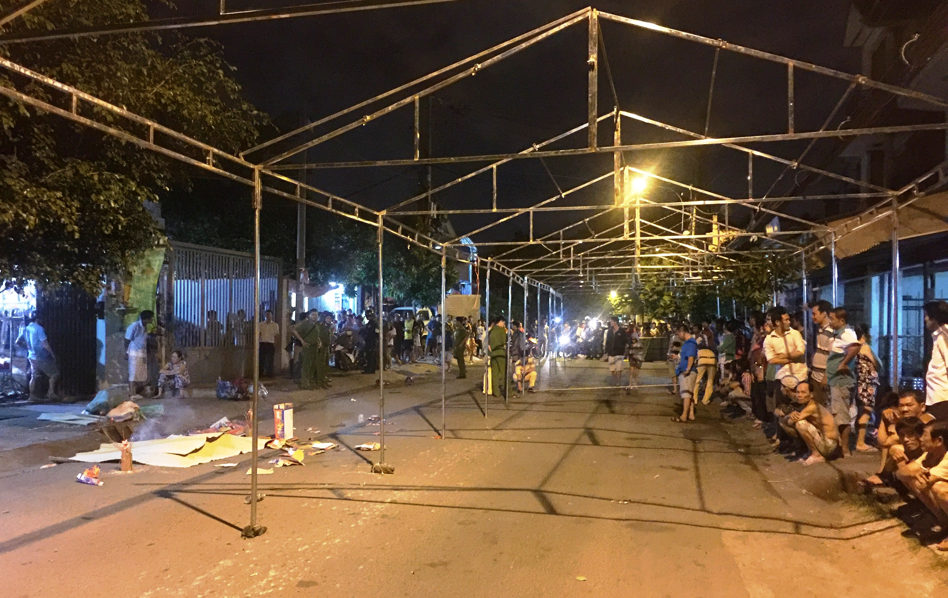 Vụ TNGT chết người xảy ra trên địa bàn phường Bình Chiểu, quận Thủ Đức mà nguyên nhân một phần cũng do xe tải tránh rạp đám cưới.