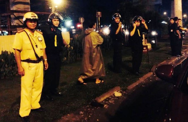 Nhiều lực lượng thuộc Công an TPHCM cùng tham gia truy bắt đối tượng cướp tài sản trên đại lộ Phạm Văn Đồng rạng sáng 2/5 (ảnh minh hoạ).