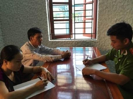 Công an huyện Hương Khê lấy lời khai các đối tượng