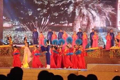 Long trọng Kỷ niệm 250 năm sinh Đại thi hào Nguyễn Du - 13