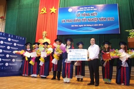 Trường ĐH Hà Tĩnh phấn đấu là nơi đào tạo nguồn nhân lực cho vùng Bắc Trung Bộ - 5