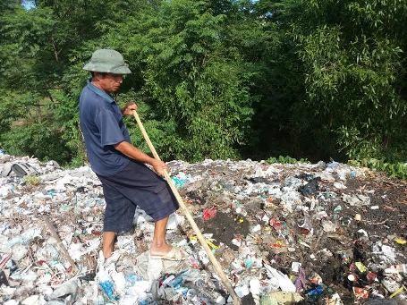 HTX Sinh thái biển Thiên Cầm chở chất thải của Formosa về chôn tại bãi rác Thiên Cầm
