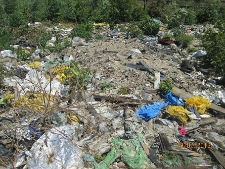 Phát hiện bãi rác khổng lồ nghi của Formosa - 6