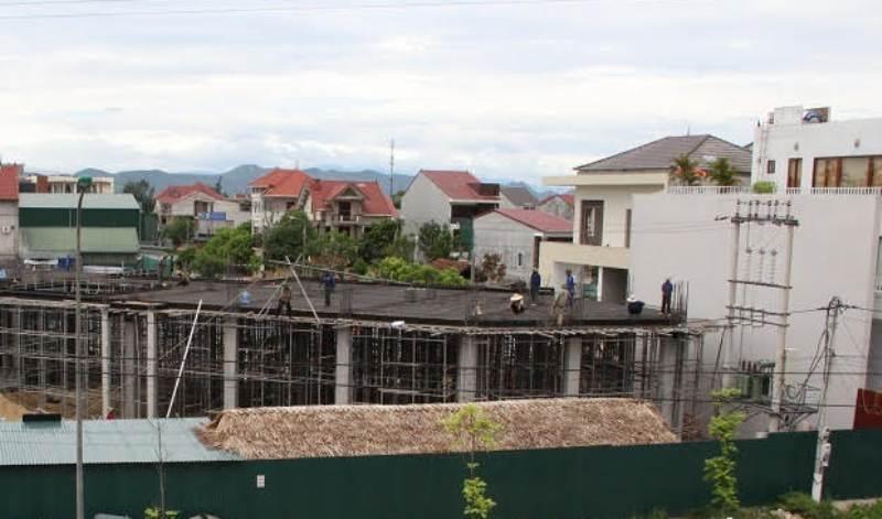Khu đất của bà Oanh được các cơ quan chức năng Hà Tĩnh cho một doanh nghiệp tư nhân thuê để làm quán  Karaoke, nhà hàng