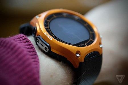 """Casio trình làng smartwatch đầu tiên với khả năng """"nồi đồng cối đá"""" - 5"""