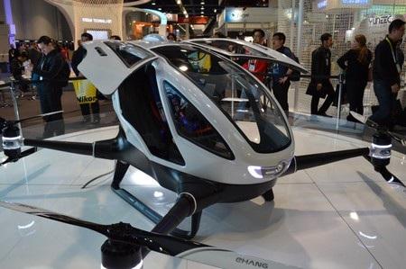 Ehang 184 được thiết kế với 4 cánh quạt, tương tự như nhiều mẫu máy bay không người lái thường thấy khác