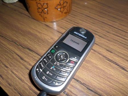 """Những chiếc điện thoại Motorola """"vang bóng một thời"""" - 4"""