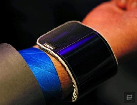 Người dùng có thể đeo vào tay như một chiếc smartwatch