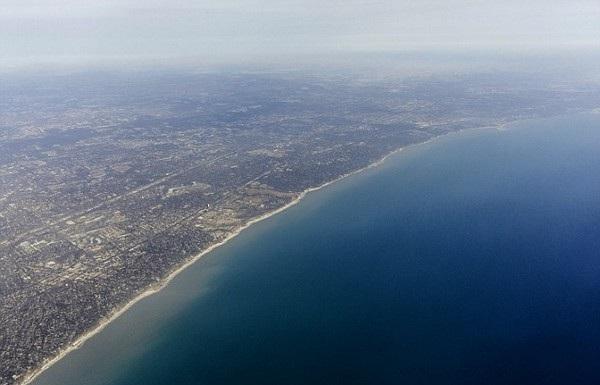 Một góc hồ Michigan, một trong 5 hồ lớn nhất tại Mỹ