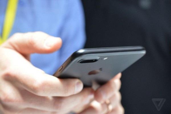 Hình ảnh cận cảnh và đánh giá nhanh bộ đôi iPhone 7/ iPhone 7 Plus mới của Apple - 5