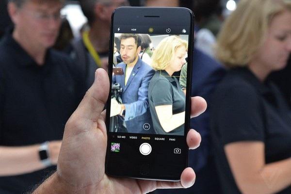 Hình ảnh cận cảnh và đánh giá nhanh bộ đôi iPhone 7/ iPhone 7 Plus mới của Apple - 6