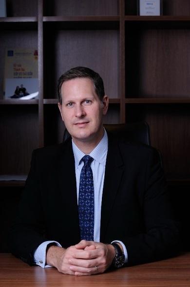 Ông Dustin Ball, Tổng Giám đốc điều hành BIDV MetLife