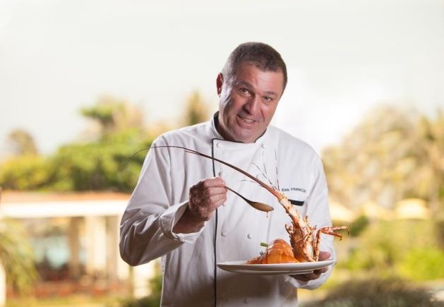 Vị Bếp trưởng điều hành của The Grand, người không ngừng sáng tạo say mê với mong muốn đem đến nhiều trải nghiệm ẩm thực đặc sắc cho du khách