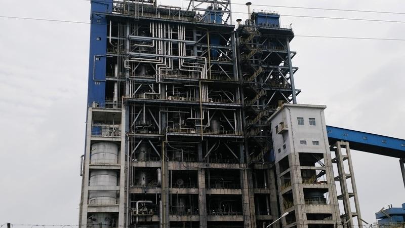 Nhiều nhất là hệ thống lò hơi của nhà máy, những chi tiết này được nhập từ Trung Quốc khi lắp đặt không đồng bộ nên việc xảy ra sự cố thường xuyên là khó tránh khỏi.
