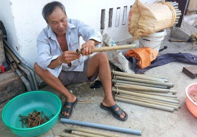 Nghề đặt ống lươn trở thành nghề cho thu nhập khá, được lưu giữ từ lâu ở huyện Kim Sơn, Ninh Bình