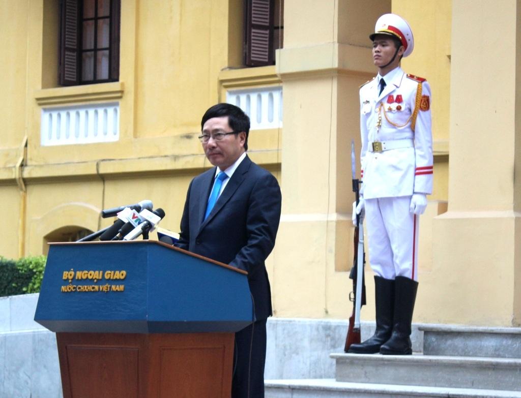 Phó Thủ tướng, Bộ trưởng Ngoại giao Phạm Bình Minh nhấn mạnh: ASEAN sẽ luôn là trụ cột trong chính sách đối ngoại của Việt Nam (Ảnh: N.H)