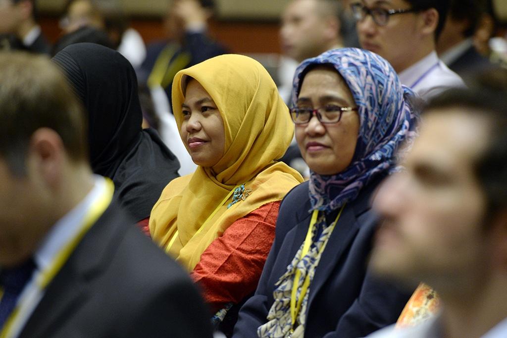 Các luật gia nhấn mạnh tầm quan trọng của việc thúc đẩy tuân thủ luật pháp quốc tế đối với sự phát triển của châu Á (Ảnh: Mạnh Thắng)