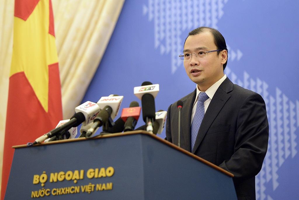 Người Phát ngôn Bộ Ngoại giao Việt Nam Lê Hải Bình tại buổi họp báo chiều ngày 14/7 (Ảnh: Mạnh Thắng)
