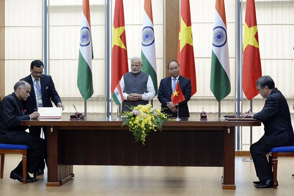 Nhiều thỏa thuận hợp tác được ký kết trong chuyến thăm của Thủ tướng Modi